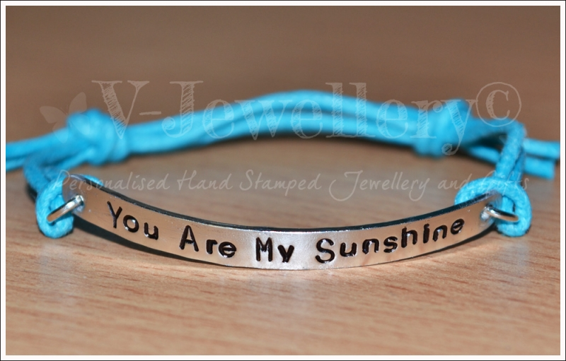 Quote Single Mulit-Plate Bracelet
