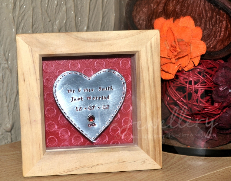 "Personalised Stitched Effect ""Heart"" 3d Box Framed Keepsake"
